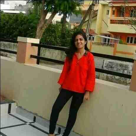Dr. Deepali Arora's profile on Curofy