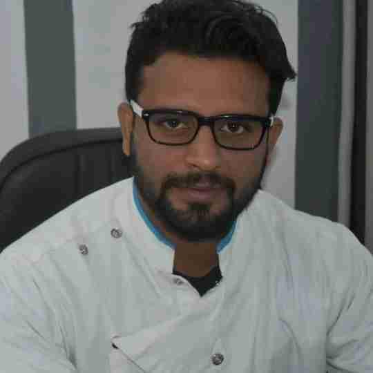 Dr. Anurag Sharma's profile on Curofy