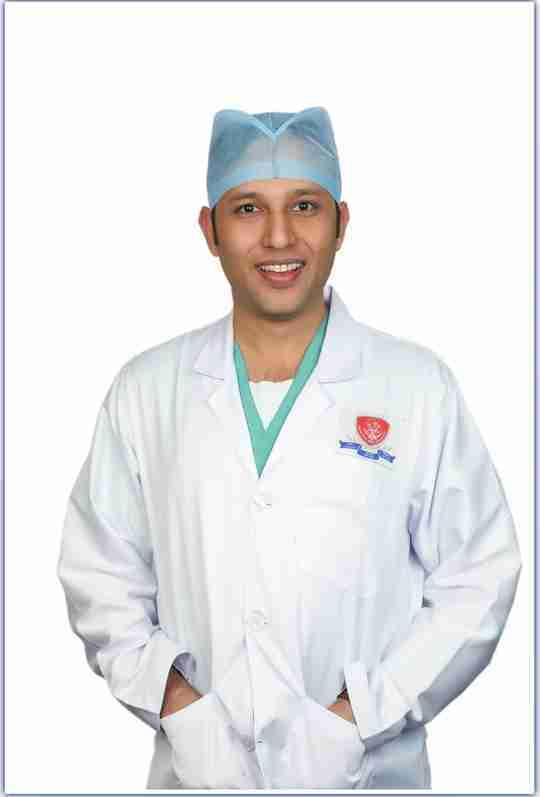 Dr. Nikhil Bansal's profile on Curofy