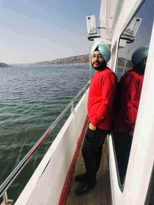 Dr. Neel Singh's profile on Curofy