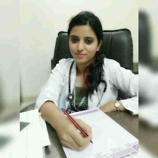 Dr. Deepika Bhatia's profile on Curofy