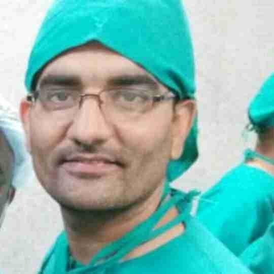 Dr. Yagyavrat Singh's profile on Curofy