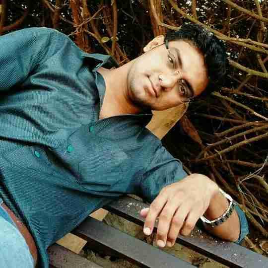 Darshan Ahir's profile on Curofy
