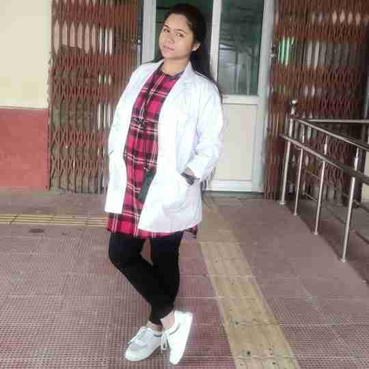Dr. Leena Gautam's profile on Curofy