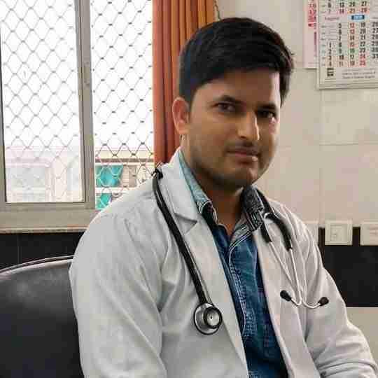 Dr. Riyaz Khan's profile on Curofy