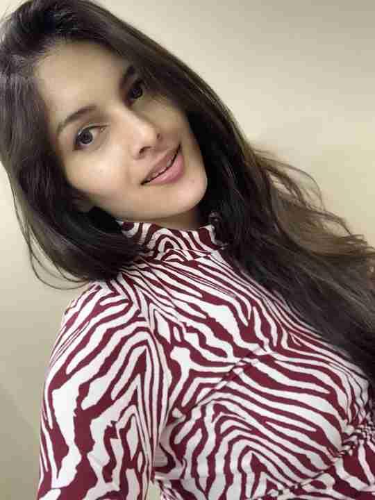 Aastha Thakur's profile on Curofy
