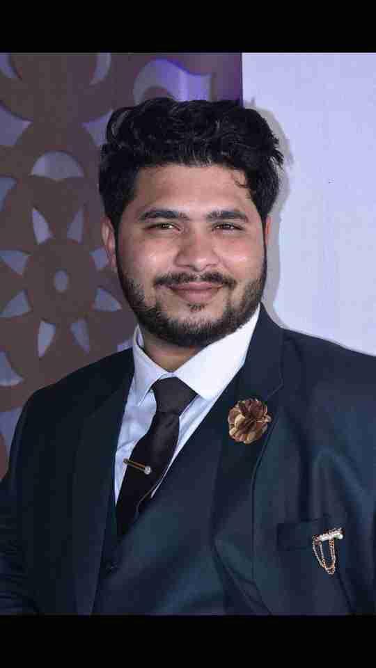 Aquib Hussain's profile on Curofy