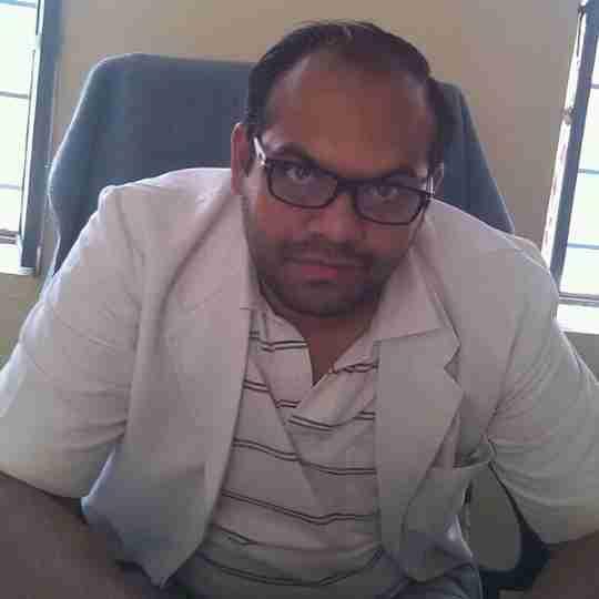 Dr. Gautam Lunia's profile on Curofy