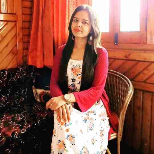 Dr. Alisha Dhaaniya's profile on Curofy