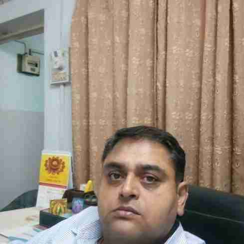 Dr. Rahul Shukla's profile on Curofy