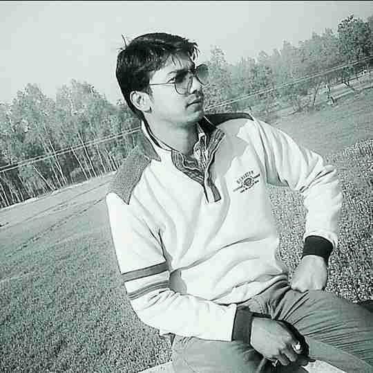 Dr. Akhilesh Tiwari's profile on Curofy
