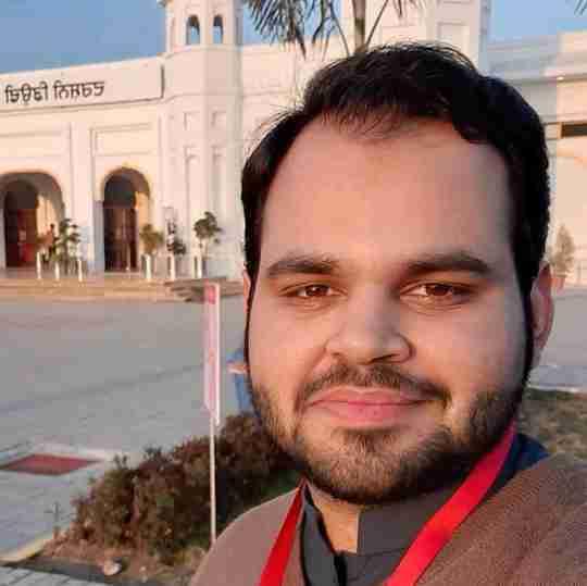 Muhammad Majid Kang's profile on Curofy