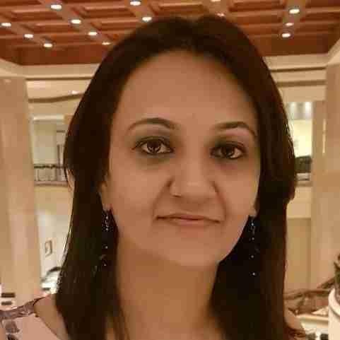 Dr. Nisha Desai's profile on Curofy