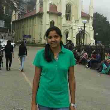 Isha Thakur's profile on Curofy