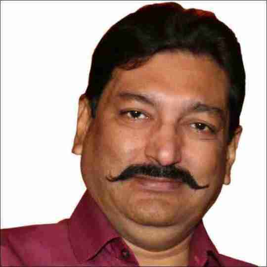 Dr. Dinesh Jaggi's profile on Curofy
