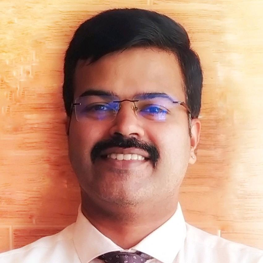 Dr. Satish Nayak's profile on Curofy