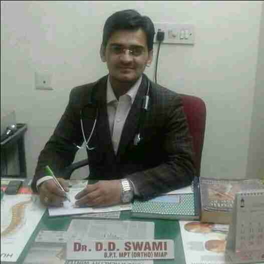 Dr. Dhaneshwar Datt Swami (Pt)'s profile on Curofy