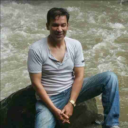 Dr. Gaurav Shukla's profile on Curofy
