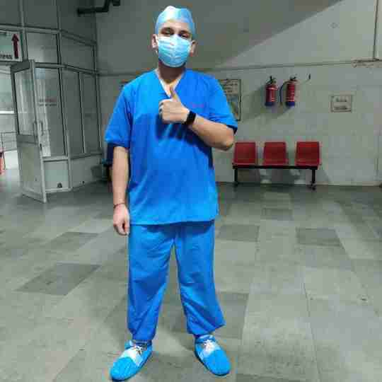 Dr. Mukul Mishra's profile on Curofy