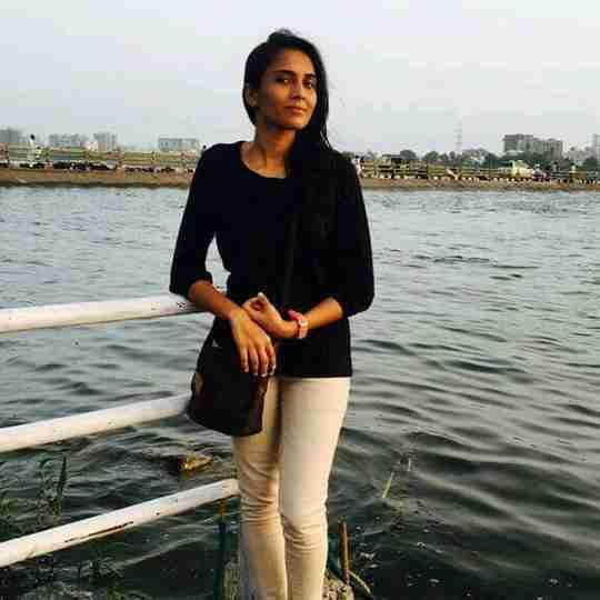 Dr. Senjaliya Heena's profile on Curofy