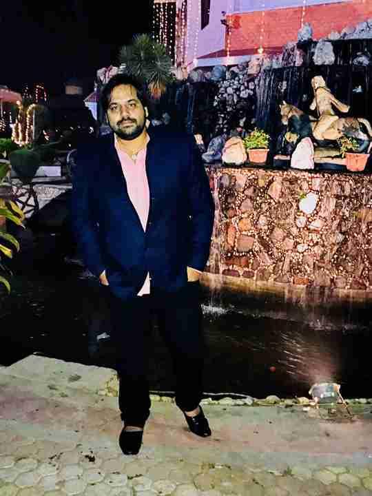 Dr. Saurabh Singh's profile on Curofy