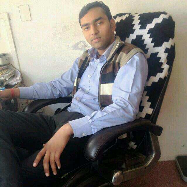 Dr. Sandeep Yadav's profile on Curofy