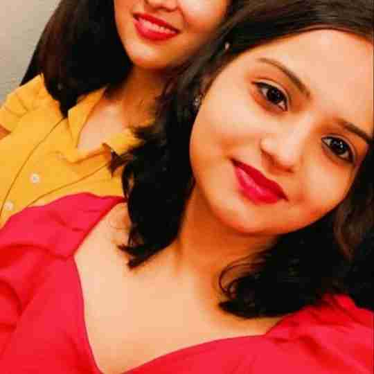 Dr. Neha Tyagi's profile on Curofy