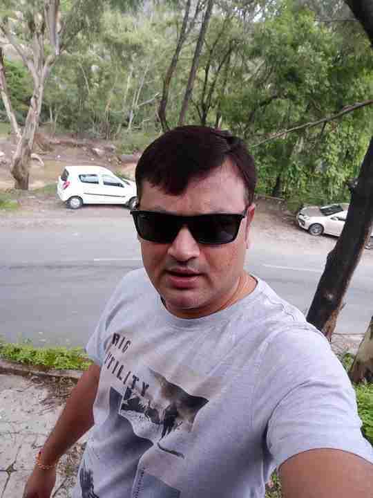 Dr. Amit Soni's profile on Curofy