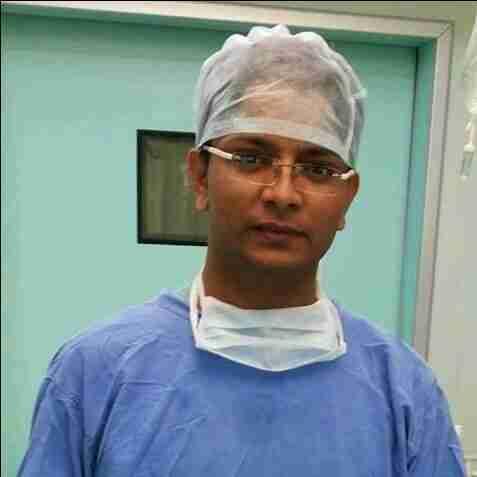 Dr. Manish's profile on Curofy