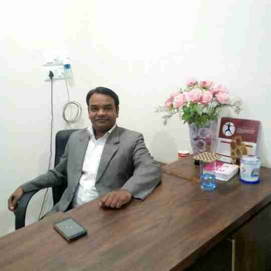 Dr. Dravesh Matharia (Pt)'s profile on Curofy