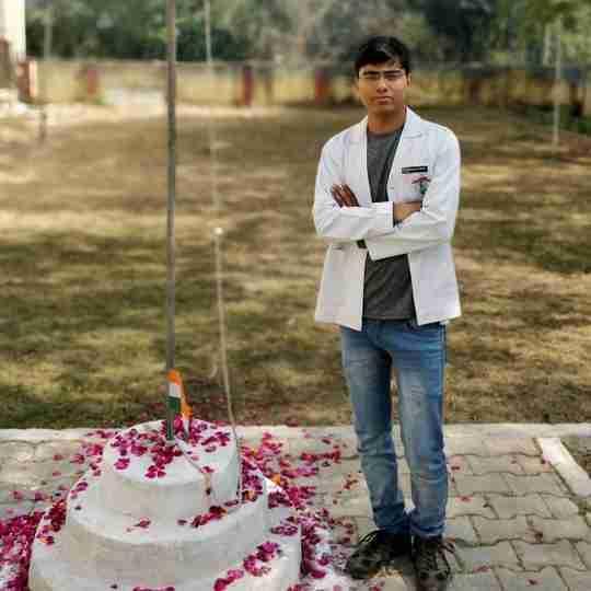 Pushpendra Saini's profile on Curofy