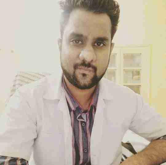 Dr. Rahul Parmar's profile on Curofy