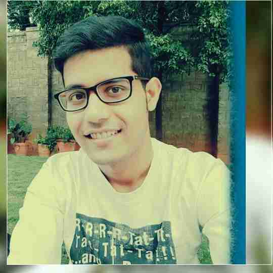 Priyam Mitra's profile on Curofy