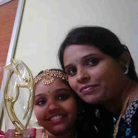 Dr. Nilaja Manekar's profile on Curofy