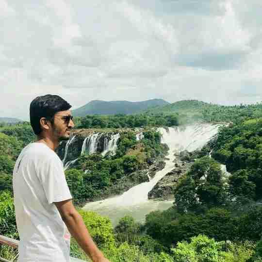 Dr. Jigar Vekariya's profile on Curofy