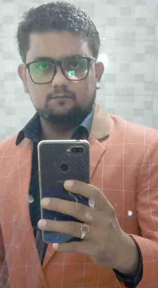 Ikram Khan's profile on Curofy