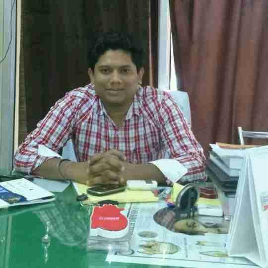 Dr. Ashwary Asthana's profile on Curofy