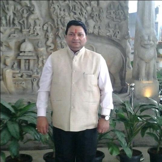 Dr. Mahesh Chandravanshi's profile on Curofy