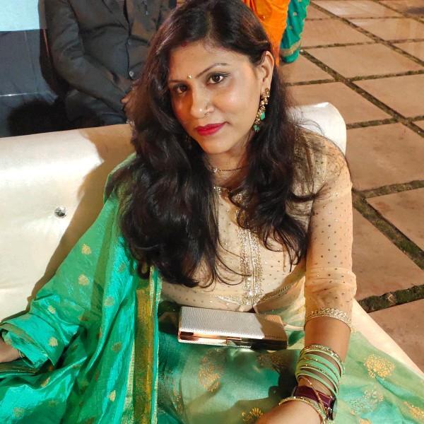 Shalini Dhoke's profile on Curofy