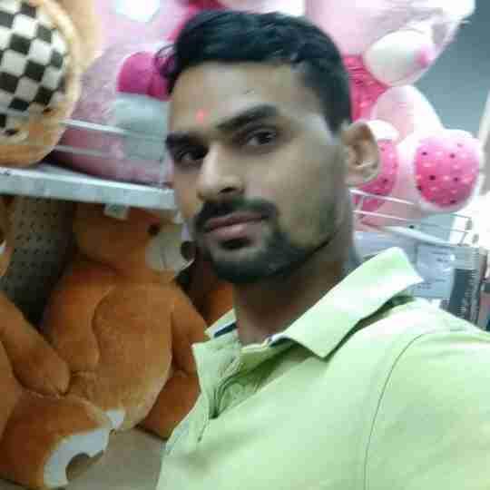 Raghwendra Singh's profile on Curofy