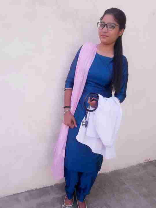 Dr. Parv Kaur's profile on Curofy