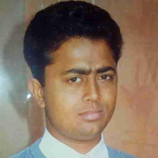 Dr. Yogesh Sharma's profile on Curofy