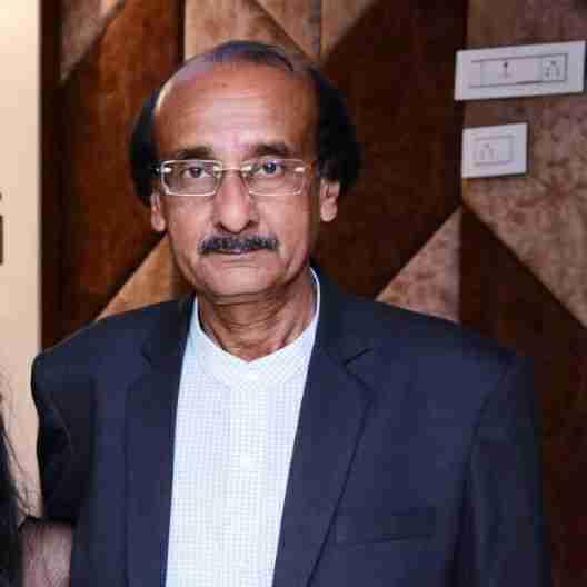 Dr. Bhadresh Parikh's profile on Curofy