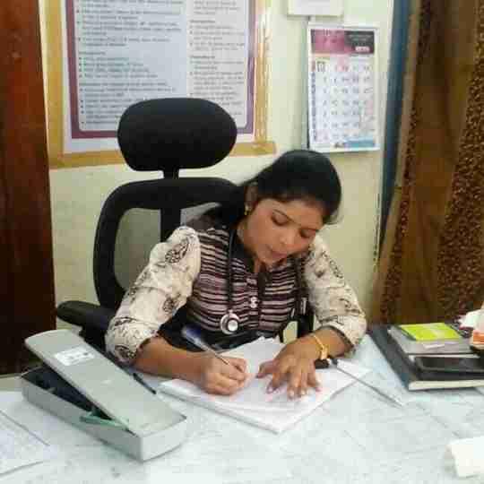 Dr. Rakhi Ingole's profile on Curofy