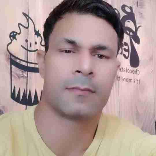 Hariom Sharan's profile on Curofy