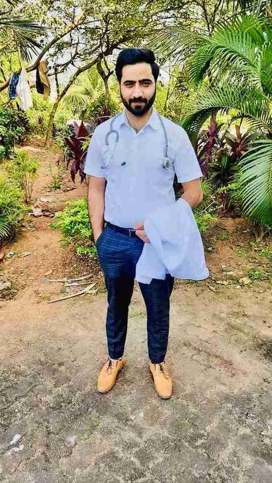 Dr. Showket Dar (Pt)'s profile on Curofy