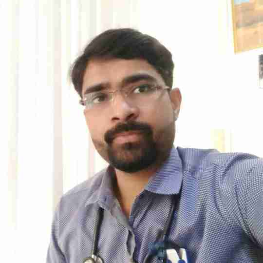 Dr. Vishwa Deepak's profile on Curofy