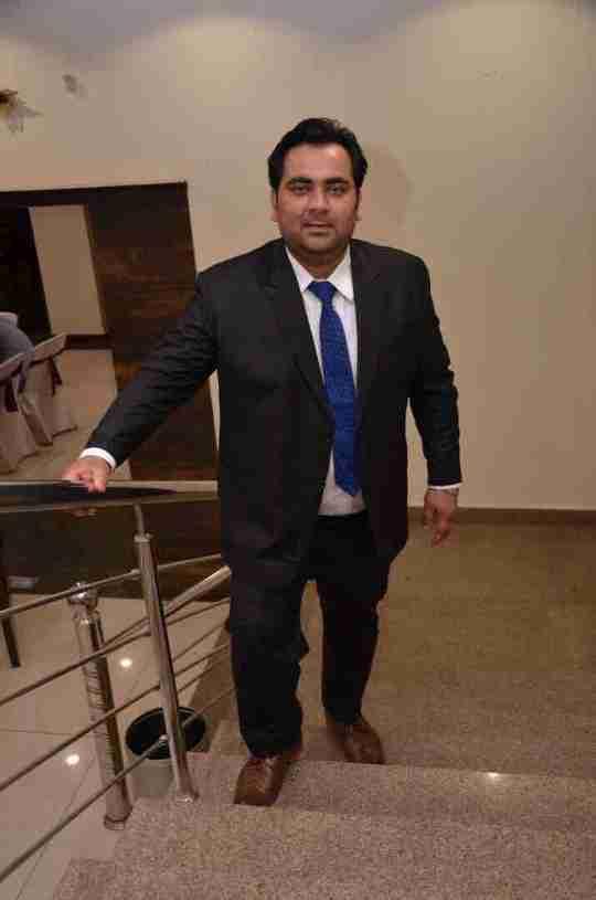 Dr. Nitish Kumar's profile on Curofy