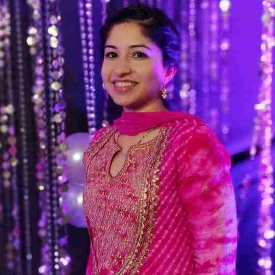 Dr. Aashima Bhalla's profile on Curofy