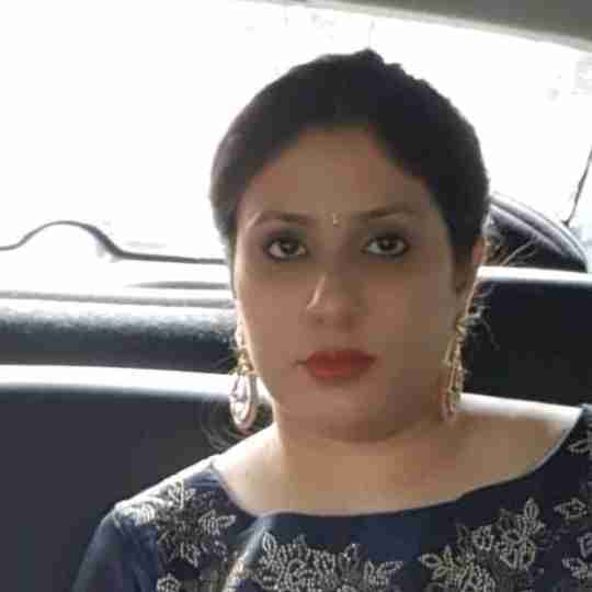 Dr. Charu Arora's profile on Curofy